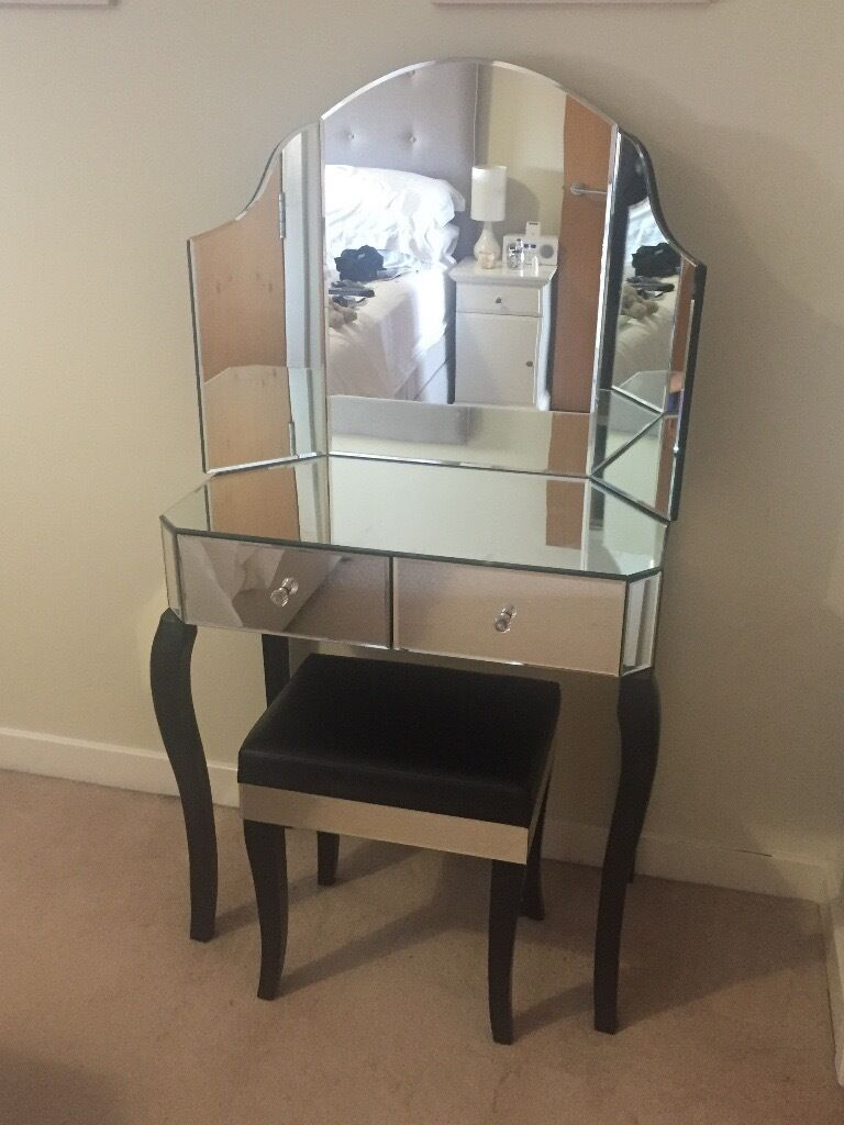Sorrento Venetian mirrored dressing table set with mirror and stool ...