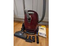 Miele C3 Cat & Dog Vacuum Cleaner