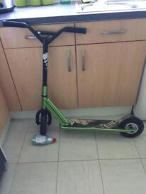 Dirt stunt scooters
