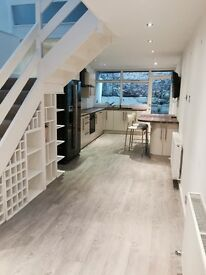 Stunning 2 bed unfurnished mews house in clifton village - parking, garage, garden and balcony