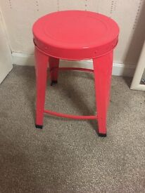 Coral stool