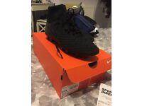 Nike magista unisex size 6 football boots
