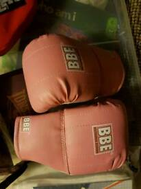 Boxing glove & punch pads