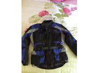 IXS motorbike jacket all weather size Men's Small Ladies 14