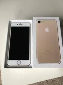 IPHONE 7 GOLD 256GB EXCELLENT CONDITION BOXED WITH ACCESSORIES UNLOCKED