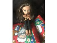 Rare 2003 bratz jasmine beauty make doll 14 years old pierce her ears polish her nails blush her
