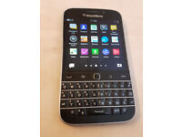 Blackberry Classic (Q20) Blackberry (Unlocked to all Networks) Used