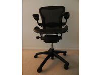 Herman Miller Aeron Size B in nice used condition