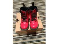 Dr Martin red boots size 7 kids