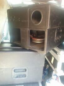 HZ SB600 SUB BASS BINS + amp & crossover with flight case + 2 speakon leads