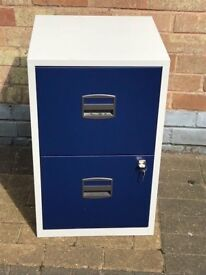 2 Drawer Filling Cabinet with Lock and Keys. Small Size for Home / Office. Good Condition