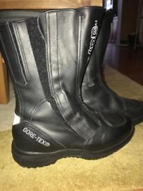 Daytona boots brand new