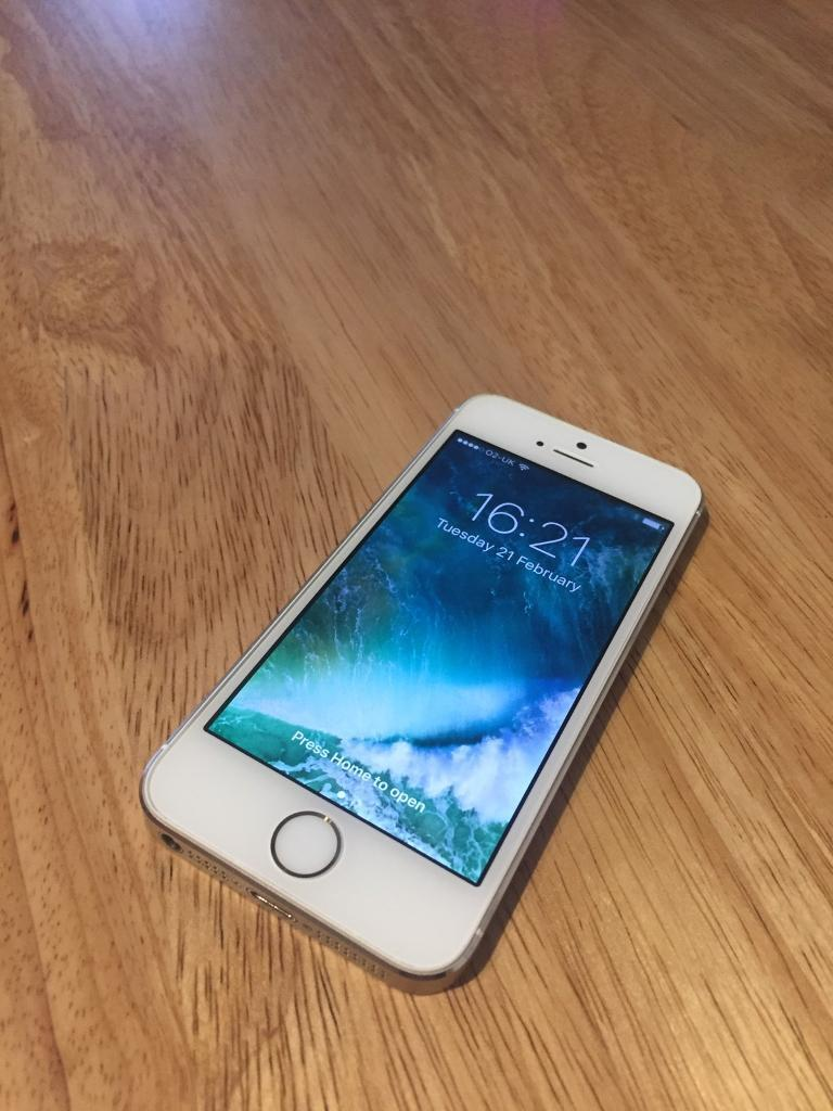 iPhone 5s 16gb unlocked to all networksin Chesterfield, DerbyshireGumtree - iPhone 5s 16gb unlocked to all networks. The phone is in really nice condition. Everything works as it should but no longer has Touch ID but the home button still works perfect. Any questions please ask. Thanks
