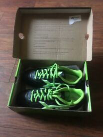 Xblades Rugby / Football Boots Uk Size 7 New In Box call malc