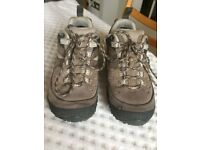 Ladies Merrell Trail/Walking Shoes (Size 5)