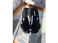 Maxi Cosi Car Seat. Black and Grey. Good Condition