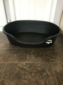 Dog Oval Bed Hard Plastic XX Large (Brand New Unused)