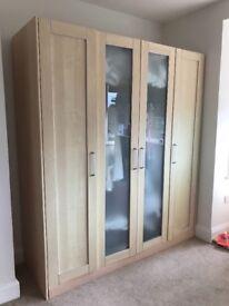 Light wooden laminate bedroom furniture set