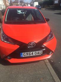 Toyota AYGO 1.0 VVT-i x-cite 5 door (orange)