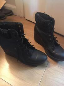 Boots size 8 UK