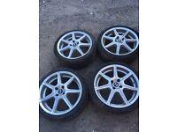 17'' alloy wheels