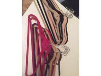 Pack of 10 or 20 velvet Hangers no slip