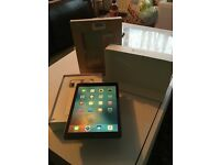 Apple iPad Pro 9.7'' 128gb space grey ***STOLEN***