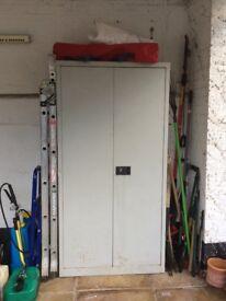 Cupboard (metal)