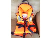 Child's Plastimo Life Jacket , Never Used, 30 - 40 kg 8-12 Years, Self Righting, Excellent Quality
