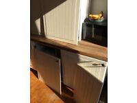 FOR SALE £200 Including dishwasher