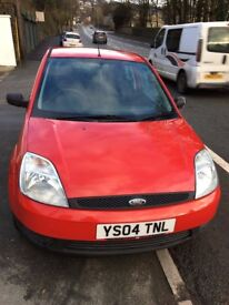 Excellent condition Ford Fiesta Finesse 2004 (MOT until Oct 2018)