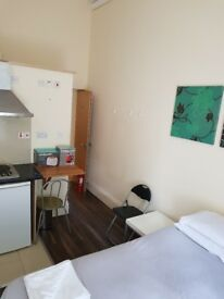 Studio located in Bayswater for Long Lets £280 P/W All bills included