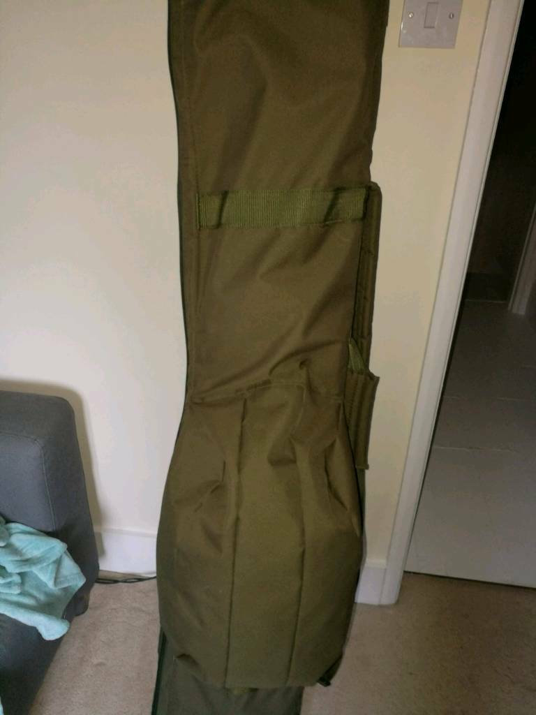 Carp fishing rod holdall