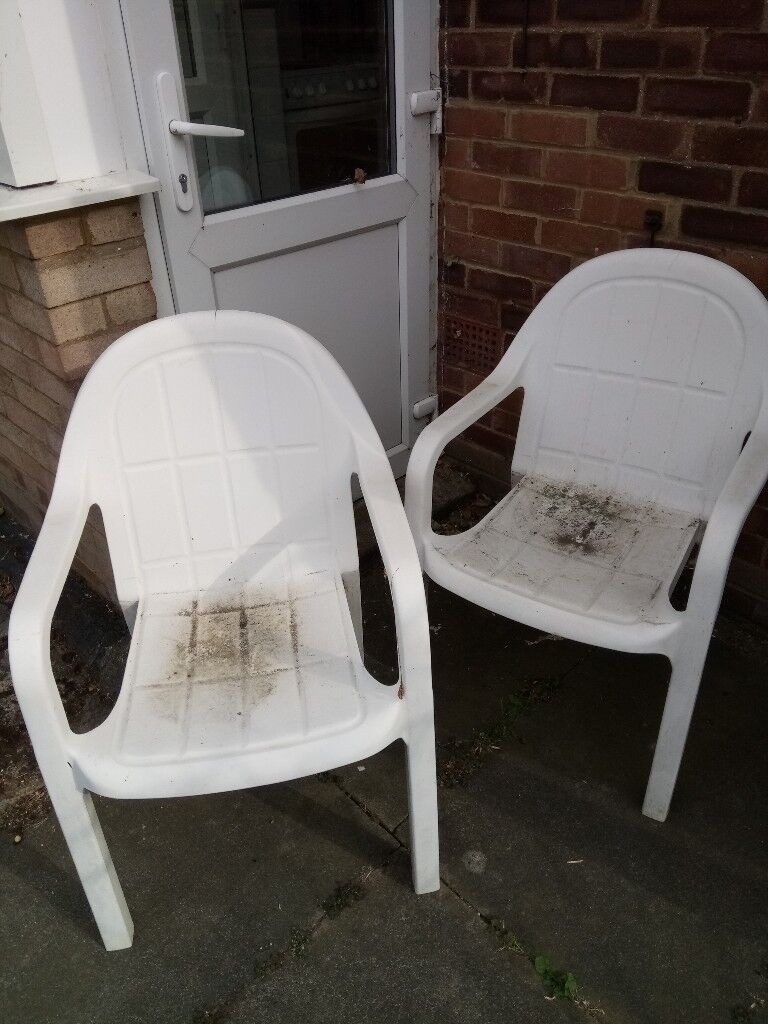 2 White Moulded Garden Chairs Free In Kempston Bedfordshire Gumtree