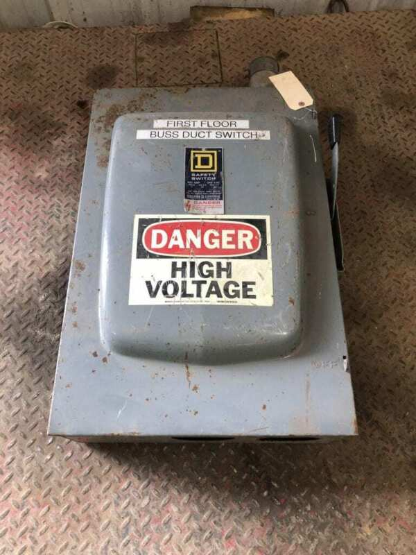 Square D D325N 400A Fusible Safety Disconnect Switch 240VAC