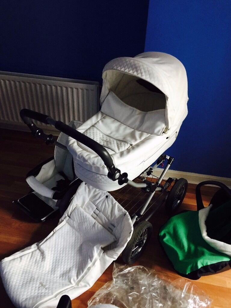 Babystyle Prestige travel system (carry cot, buggy, car seat)