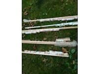 5 Curtain poles