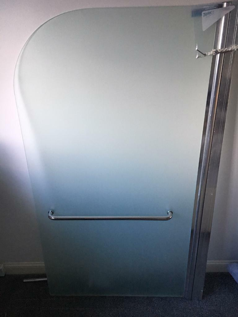 Hinged Curved Top Bath Screen 790 X 1400mm In Rutherglen Glasgow Gumtree