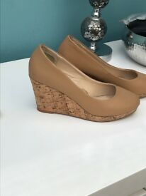 Tan cork wedges size 5