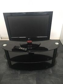 """26"""" LG Freeview TV and stand"""