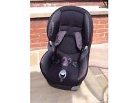 Maxi Cosi car seat in