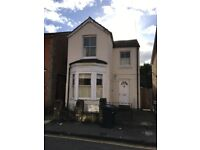 3/4 Bedroom Detaches House to rent in central Guildford Students welcome No Agency fees, Private Let