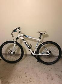 Fuji Nevada Mountain Bike