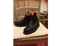 Blunstone Boots, dark brown size 5/6, worn once. Rossi make, South Australian brand