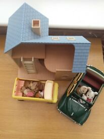 Dolls house and accessoroes