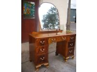 ratty style dressing table vintage mirror dresser c. 1950, chest of drawers, shabby chic style