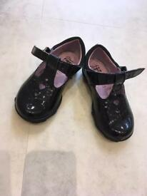 Girls Clark's shoes - fantastic condition!!!