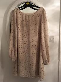 Beige spotty dress 14