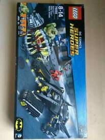 Brand new and sealed Lego dc comics 76055 Killer croc