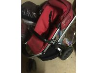 Quinny buzz buggy in red